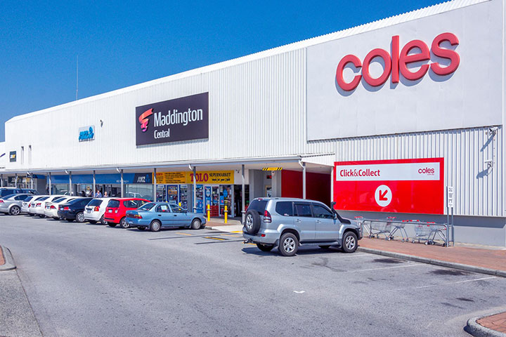 Maddington shopping center near Tarling Place Maddington