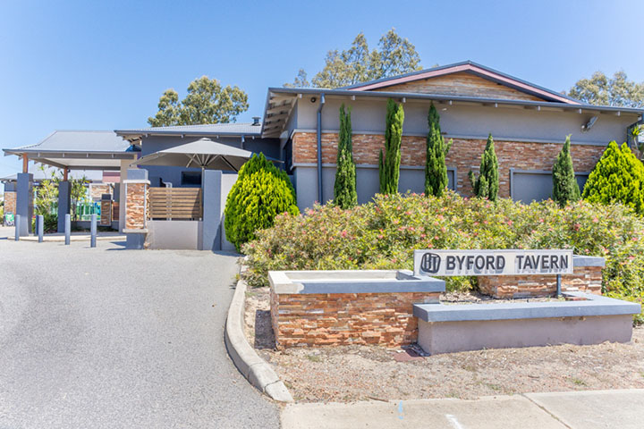 Byford Tavern